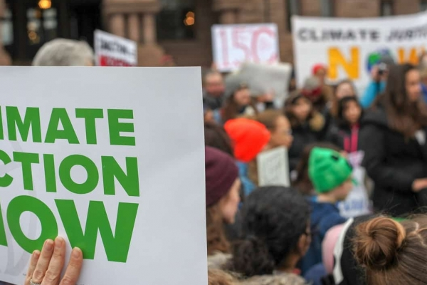 Pundits' whataboutism threatens Canada's climate progress