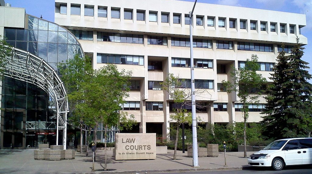 1024px-Edmonton_Law_Courts_10